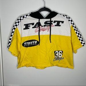 🎁4/20$🎁 hooded race track crop top